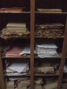 kertas yang sudah di daur ulang